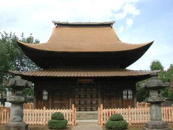 葺き替え完了直後の正福寺地蔵堂